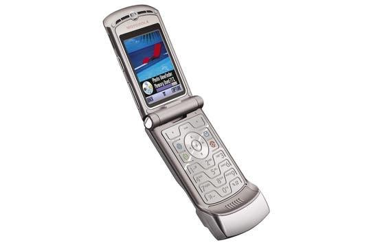 Motorola Razr V3 (2004).