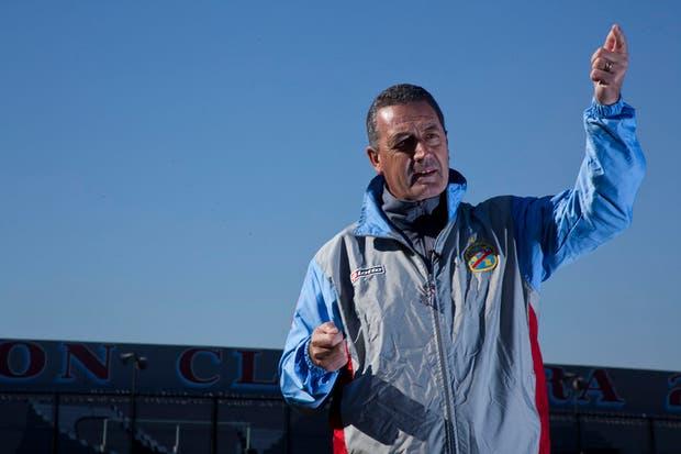 Gustavo Alfaro cerró su segundo ciclo en el equipo de Sarandí