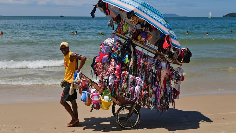 Argentina: La tarjeta de débito, la estrella de las vacaciones en Brasil