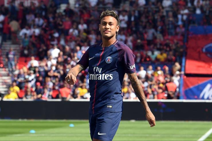 Rabiot reveló que el brasileño tiene privilegios en el PSG — Neymar