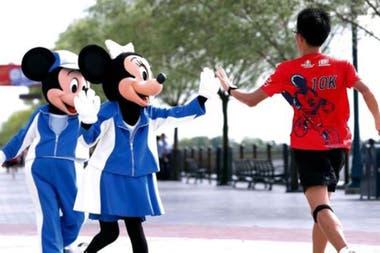 ¿No es tan feliz el mundo de los parques de diversiones de Disney?