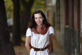 Vera da sus primeros pasos como cantante y se luce en tele en Mi amor, mi amor