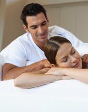 Alessandra Rampolla: claves para hacer y disfrutar los masajes más placenteros