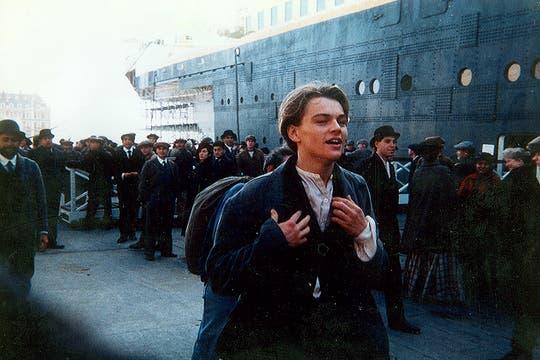Leonardo DiCaprio, antes de correr para llegar a embarcarse en el Titanic. Foto: Gentileza Luis Incisa