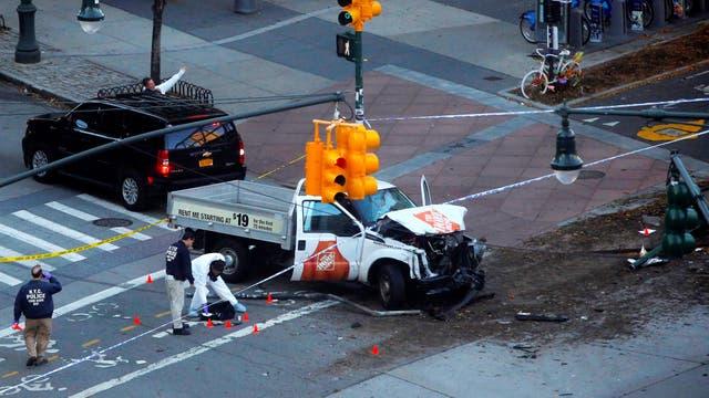 Alarma en Manhattan por un automovilista que atropelló a varias personas. Foto: Reuters / Andrew Kelly