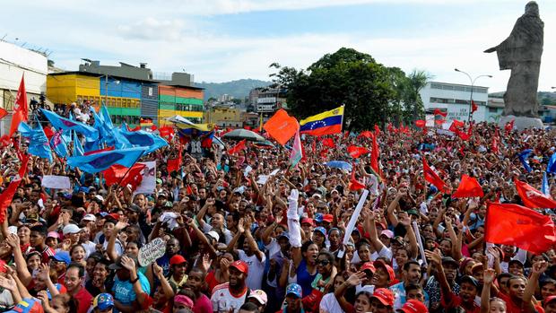 Los gobernadores electos tendrán que juramentarse ante la ANC — Maduro