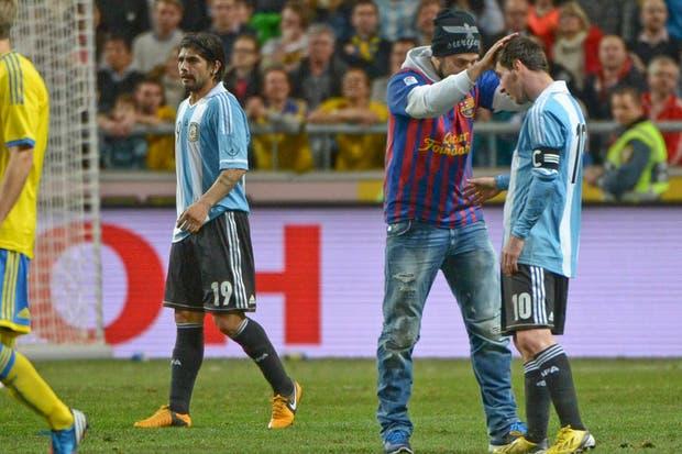 Oh rey Messi ilumíname oh rey Messi oh rey.