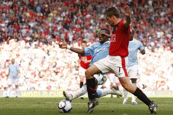 Owen, a punto de definir el clásico entre Manchester United y Manchester City