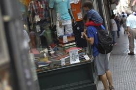 Las ventas minoristas disminuyeron un 5,8 por ciento en el primer trimestre del año