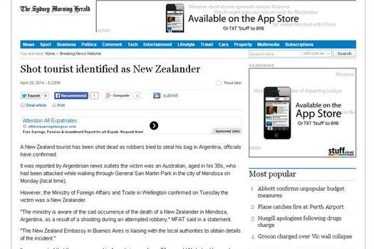The Sydney Morning Herald señala que el turista era de Nueva Zelanda.
