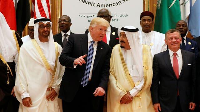 """Trump y un duro reclamo por Estado Islámico: """"¡Expúlsenlos de sus tierras!"""""""