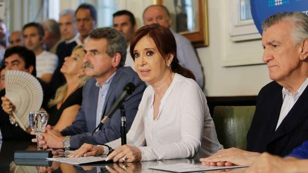 Cristina Kirchner en conferencia de prensa esta tarde en el Congreso