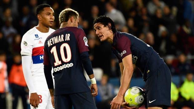 La pelea Neymar-Cavani sigue sumando detalles y capítulos
