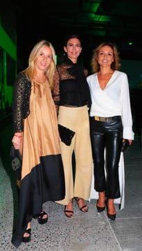 Dolores Mitre, Juliana Awada y Pamela Saguier.