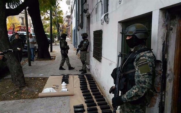 Policías de elite participaron de los allanamientos