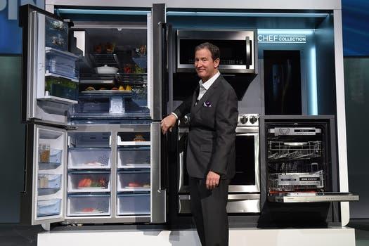 Samsung mostró sus heladeras con doble puerta, junto a su línea blanca de cocina. Foto: AFP
