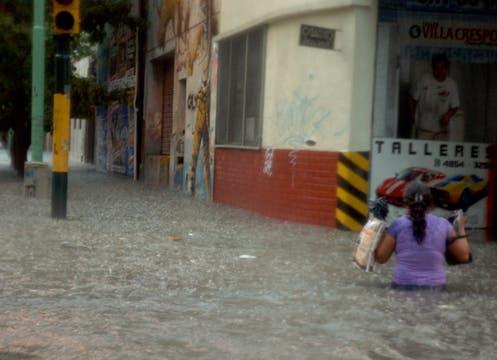La inundación en Villa Crespo. Foto: LA NACION / Leandro Aranda