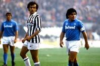 El golazo imposible de tiro libre que Diego Maradona le hizo a Juventus en un día especial para recordar