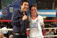 Otra que está de vuelta: Carolina Duer regresó al ring con una victoria en fallo unánime