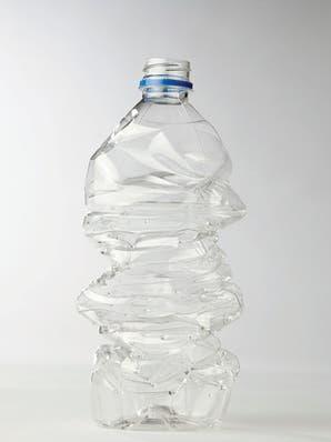 ¿Qué son y para qué sirven los plásticos biodegradables?