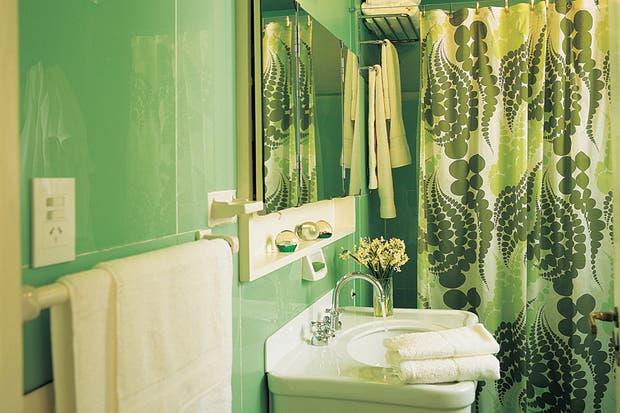 Decorar con color: ideas para el baño - Living - ESPACIO ...