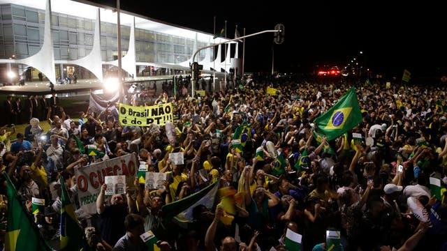 La movilización también se realizó en Brasilia y rechaza la designación de Lula da Silva como jefe de gabinete del gobierno de Dilma Rousseff