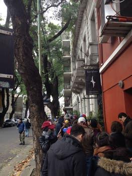 En Palermo miles asistieron a votar .