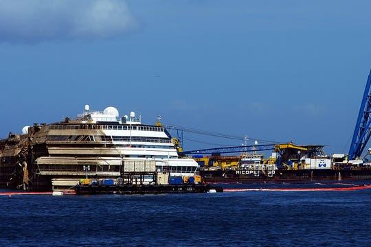 32 personas murieron en el naufragio del Costa Concordia; dos personas aún continúan desaparecidas. Foto: AFP