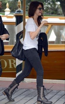 Selena Gomez, en su llegada a Venecia. Foto: EFE