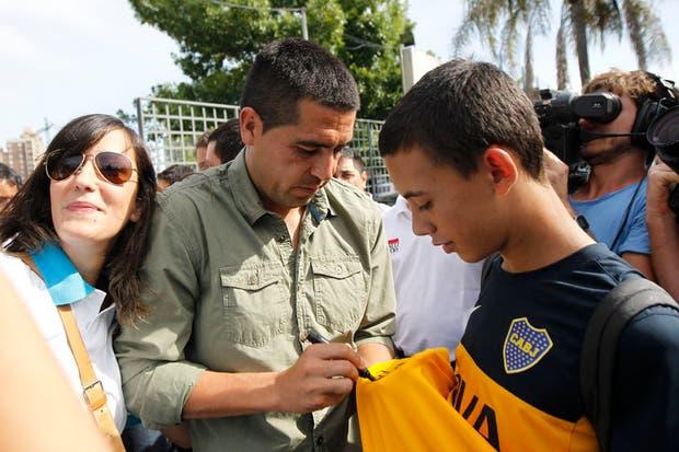 Riquelme se presentó en Casa Amarilla y sostuvo que mantiene su palabra y no vuelve.  Foto:LA NACION /Santiago Filipuzzi