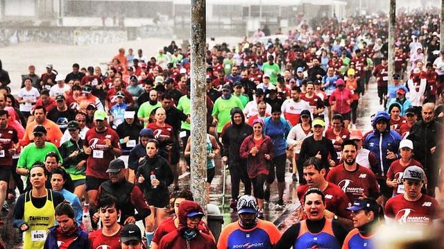 La lluvia no impidió que la fiesta del Maratón de Punta del Este sea total