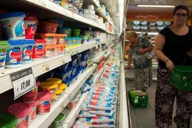 En abril, una misma canasta alimentaria mínima costó entre $718 y $949