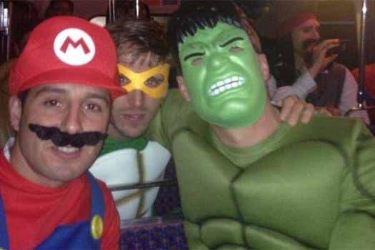 Cazorla, Monreal y Podolski. Foto: Daily Mail