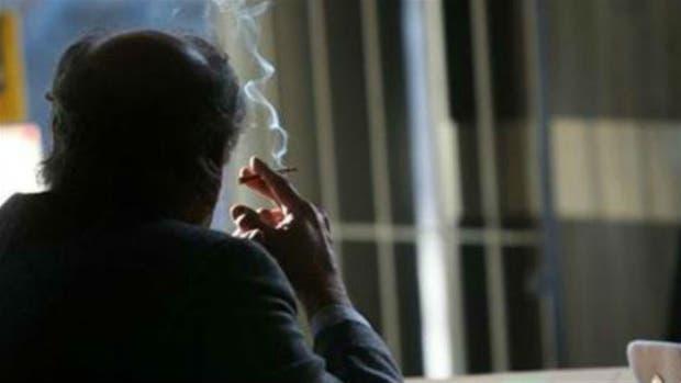 Promueven limitar el consumo de cigarrillos en espacios públicos
