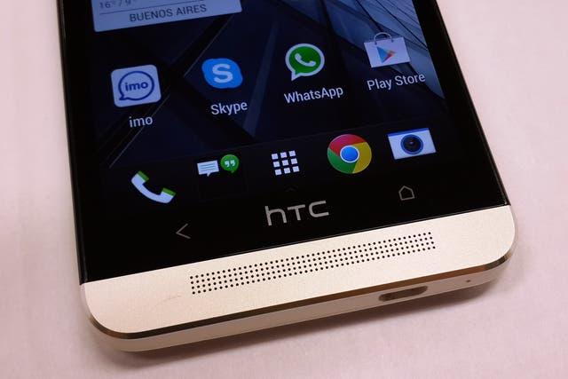 Un teléfono HTC One, el equipo que utilizó el estudiante de cine Anthony van der Meer para documentar la vida de un ladrón de teléfonos móviles