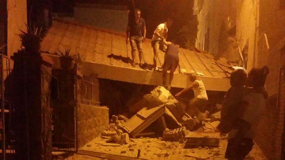 Por el terremoto hubo 2 muertos, 39 heridos y 2600 evacuados. Foto: AP