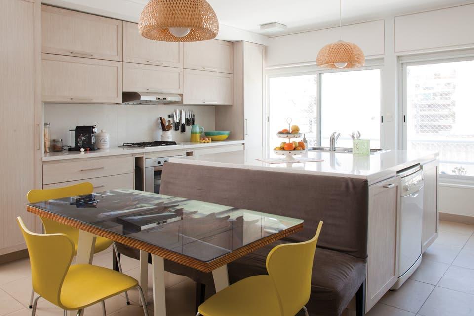 Diez cocinas diseñadas para la vida en familia