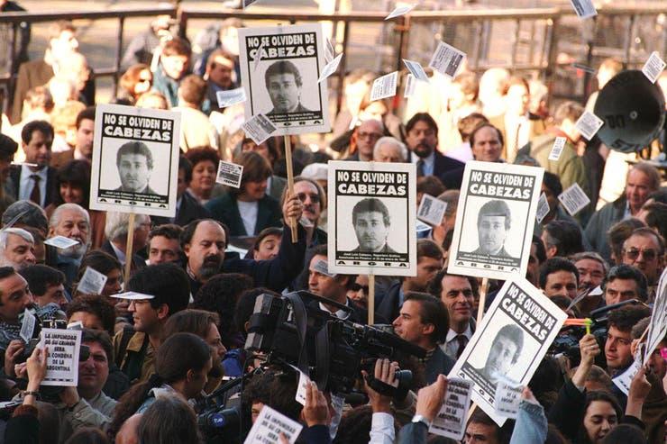 Durante años que siguieron al crimen se celebraron decenas de marchas por Cabezas