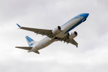 Aerolíneas Argentinas, Latam Airlines y Air Europa son las firmas que, por el momento, tienen habilitado el mecanismo para emitir los pasajes en dólares