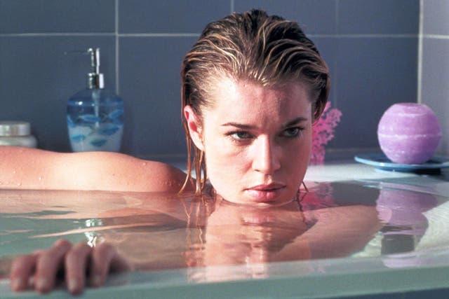 ¿Quién puede resistirse a Rebecca Romijn? ¿Quién?
