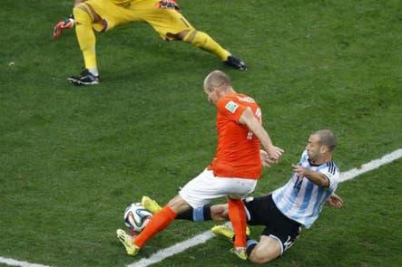 """Robben habló de la histórica jugada en la que Mascherano """"se abrió el ano"""" en el Mundial"""