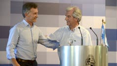 Mauricio Macri busca recomponer la relación con Uruguay y derogó una norma del kirchnerismo