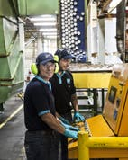 Oficios industriales: ¿cómo se hacen las  latas?