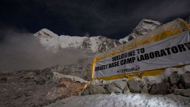 Los investigadores montaron un laboratorio en el campamento base del Everest