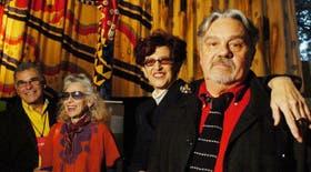 Edgardo Giménez, Delia Cancela, Dalila Puzzovio y Juan Stoppani, ayer, en la muestra