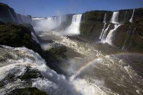 Las Cataratas del Iguazú, donde fue hallado el cadáver del docente acusado de abuso sexual