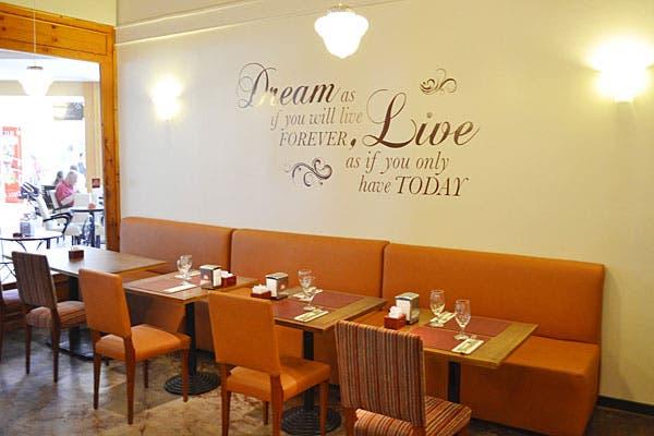 Un espacio súper cómodo para probar las delicias caseras más variadas. Foto: Gentileza Friks