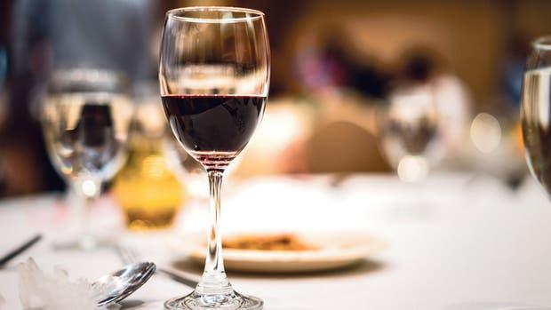 Una gran comida siempre es maridada por un gran vino