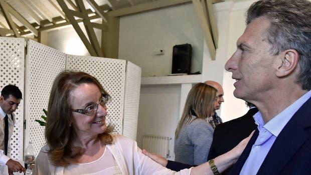 Alicia Kirchner y Macri, ayer, en Olivos