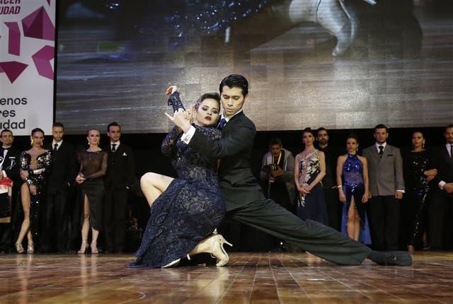 Axel Aarakaki y Agostina Tarchini, campeones del Mundial de Tango